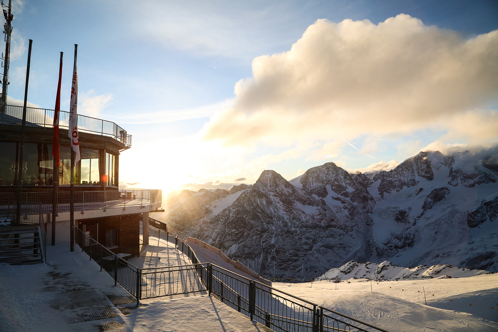Corvatsch Easter Special  Fondue party & night skiing