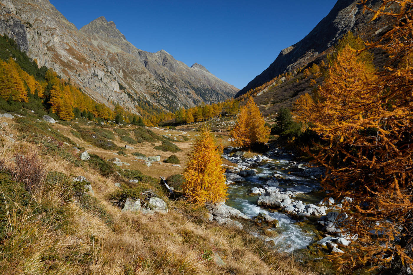 Hiking: Autumn - dream - Val Bever